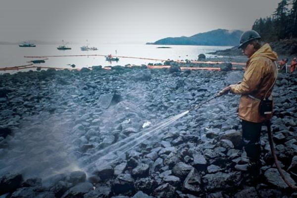 Эксон Вальдиз – величайшая экологическая катастрофа прошлого столетия