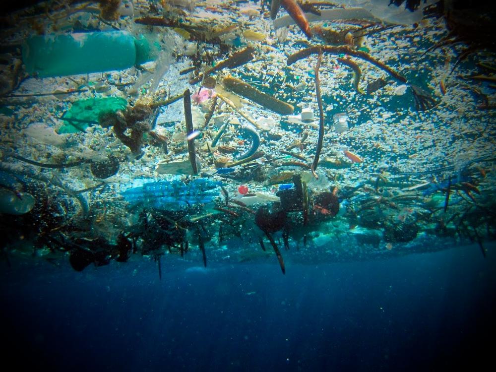 Пластмассовый мусор
