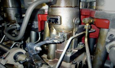 ТНВД золотникового типа с регулированием по концу подачи топлива