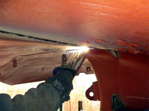 Наплавка сварочных швов по корпусу судна