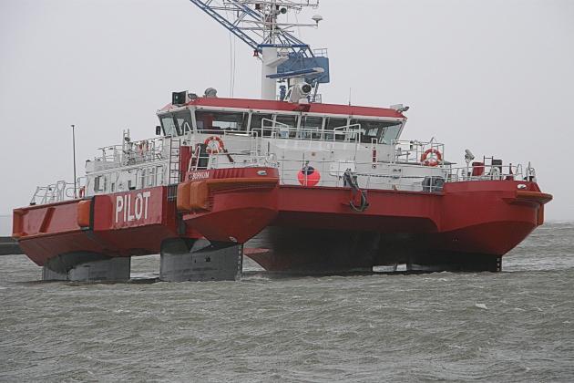 Лоцманское судно