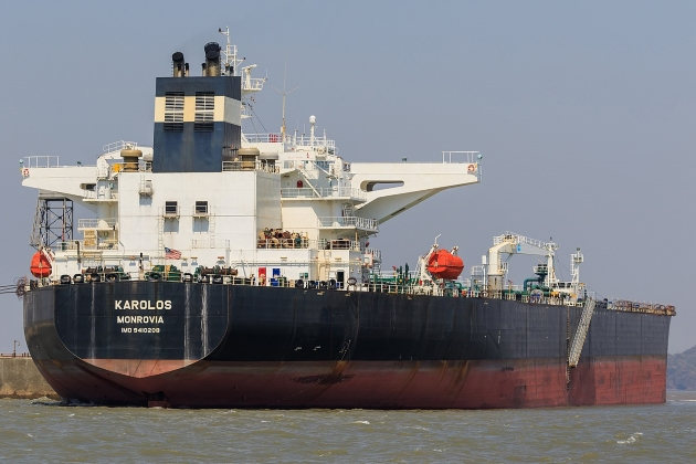 Морской нефтяной танкер