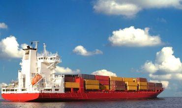 Перегрузка грузов на рейдах и в открытом море