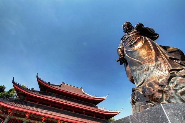 Памятник адмиралу Чжэн Хэ в Нанкине (КНР)