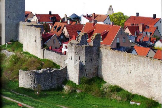 Самая крупная крепость Ганзейского союза - город Висбю на шведском острове Готланд