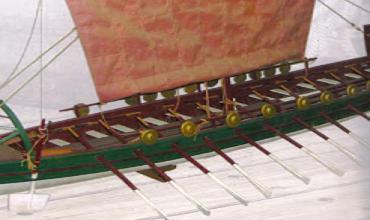 Торговые суда и пиратские корабли Финикии