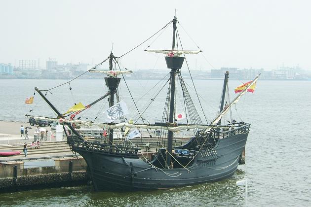 Современная реплика английского коммерческого судна (каракки). 2010 г.