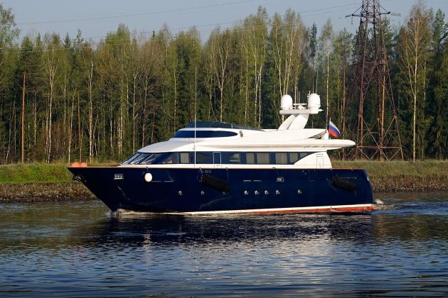 Моторная яхта Elden