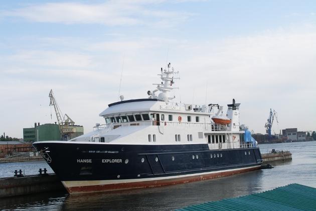 Ремонт корпуса моторной яхты Hanse Explorer