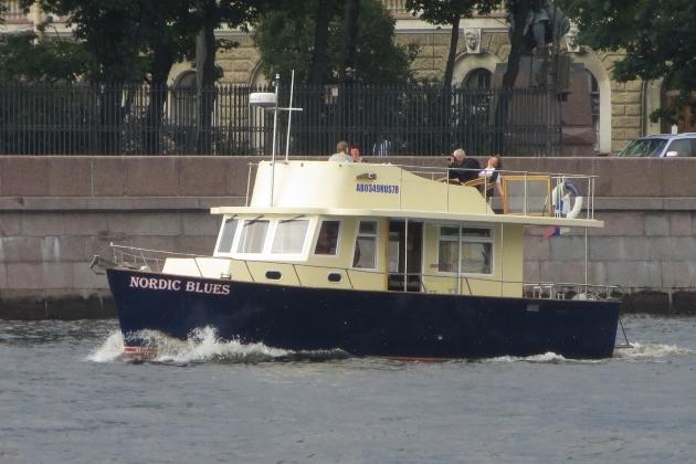 Ремонт корпуса моторной яхты Nordic Blues