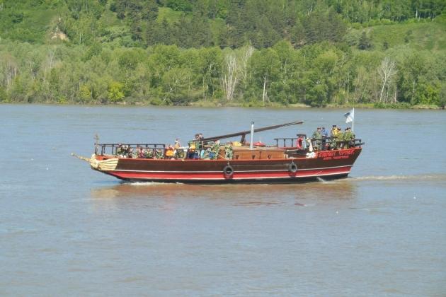 Ремонт арматуры - парусное судно Атаман Ермак