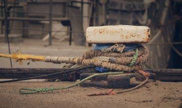 Технологические процессы повышения прочности и долговечности деталей судна