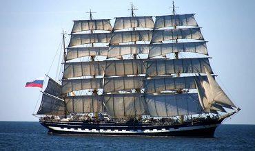 Учебные парусные суда и корабли флотов мира
