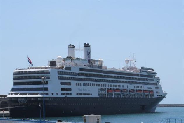 Пассажирское судно Rotterdam