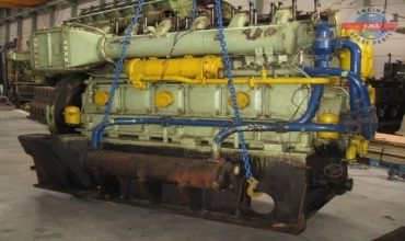 Сборка главных судовых двигателей внутреннего сгорания
